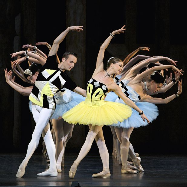 Scottish Ballet: Geometry And Grace