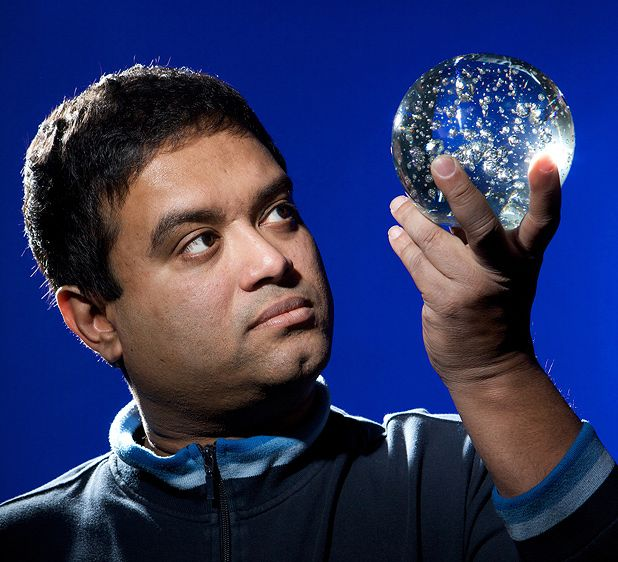 Paul Sinha: Looking at the Stars