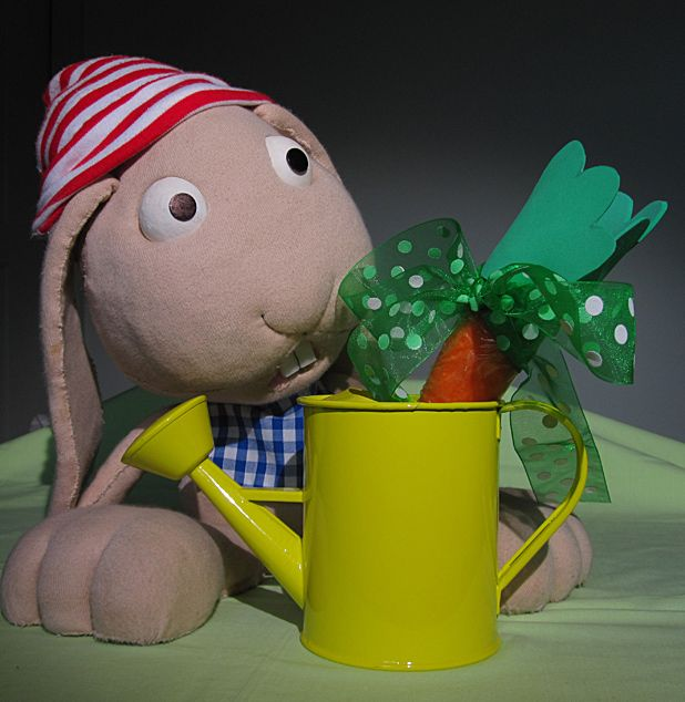 Let your kids learn French through puppetry with Le Petit Monde