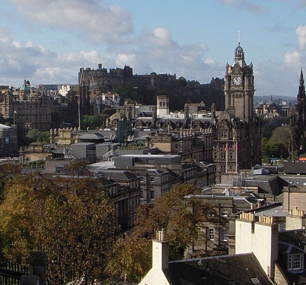 Why I love Edinburgh, by Laura Cameron Lewis