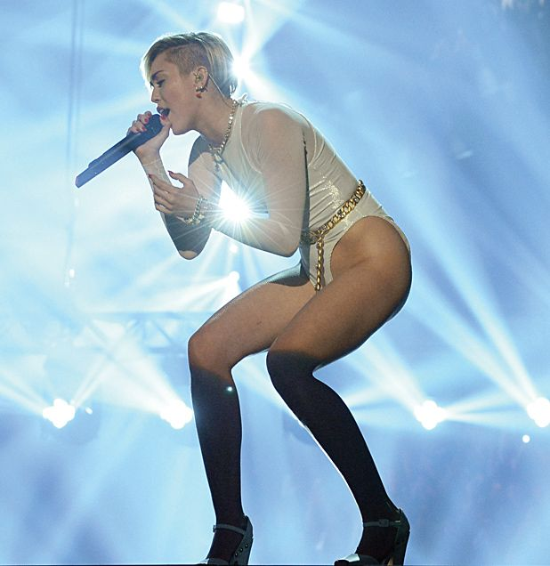 Miley Cyrus to visit UK as part of 2014 BANGERZ tour