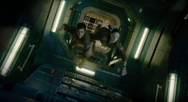 'Life' is a mediocre science-fiction thriller