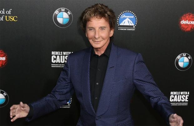 Barry Manilow cancels 2 shows to rest vocal cords