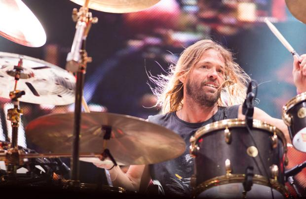 5-Year-Old Foo Fighters Fan Steals The Show At Belfast Vital