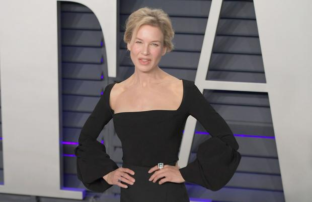 What Renée Zellweger Did When She Overheard Three Strangers Mocking Her Face